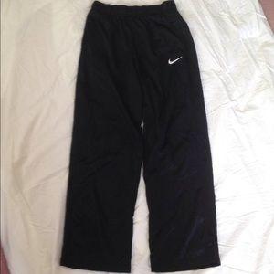 Boys Nike sweatpants size XL